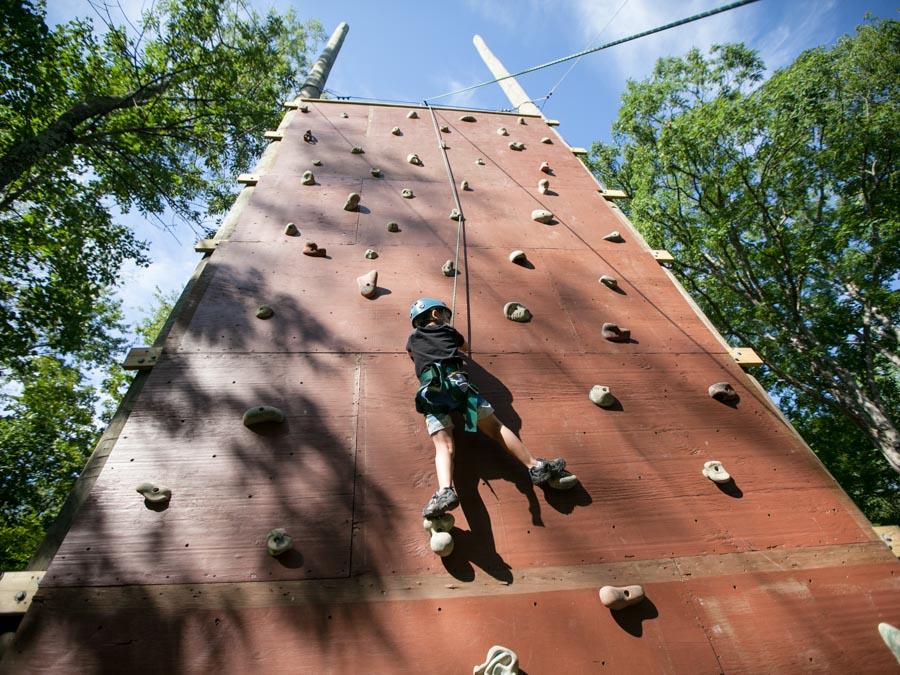climbing-rock-wall